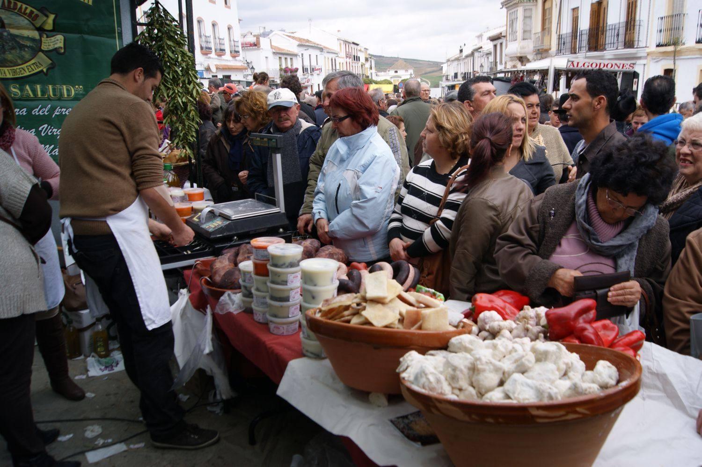 Ardales celebra la Fiesta de la Matanza