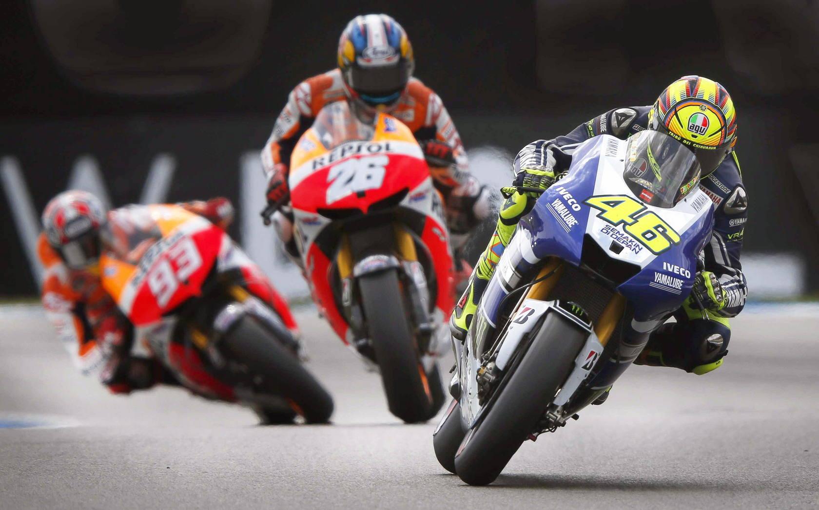 Valentino Rossi ganó el GP de Holanda; Lorenzo heroico
