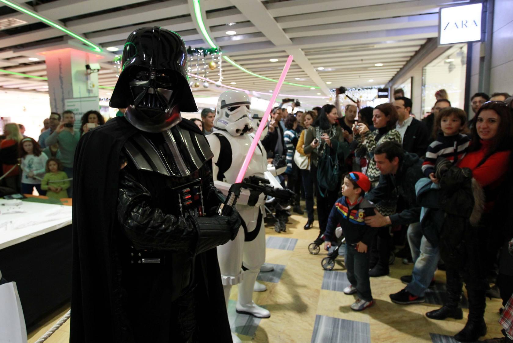 Star Wars: Desfile de la Legión 501 en el Larios Centro